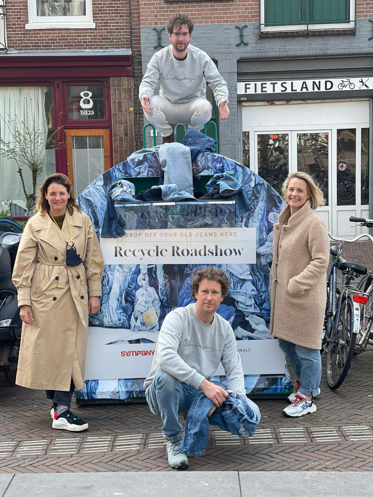 recycle container jeans